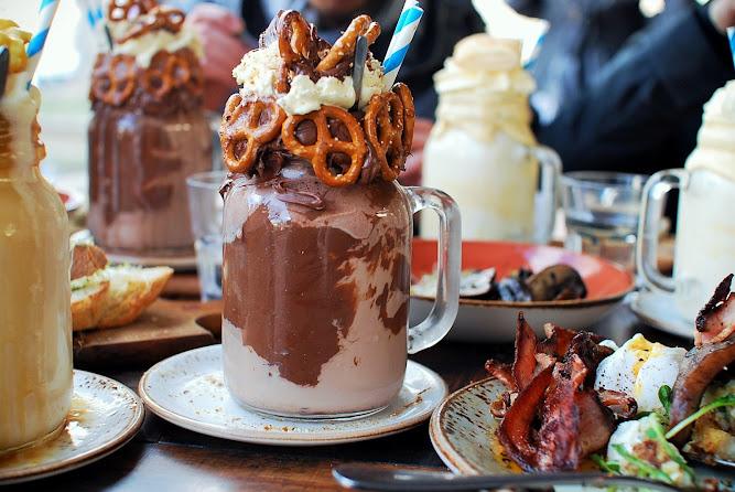 Patissez Canberra The Freakshow Milkshakes Nutella & Salty Pretzel